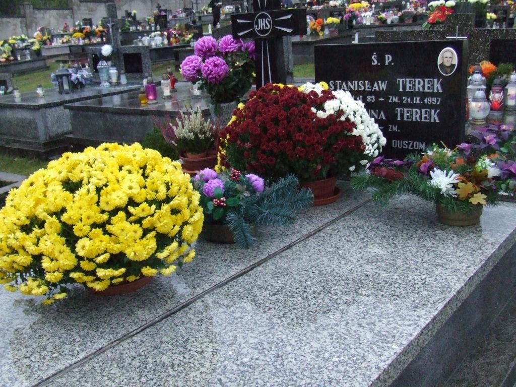 Nagrobek Stanisława Terek na cmentarzu komunalnym w Kossowie